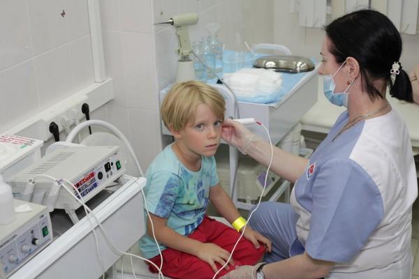 Лечение боли в ухе у детей